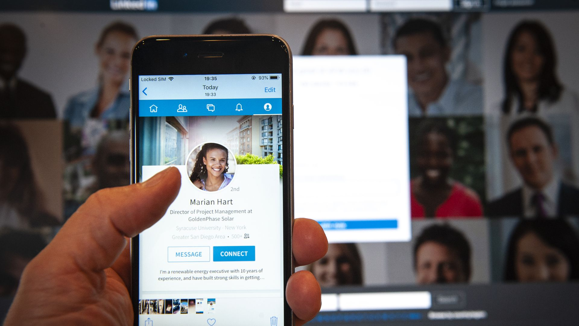 How to Use LinkedIn Stories to Promote Your Business